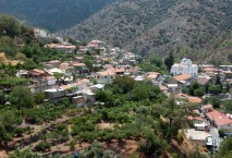 2021-02/1mountain-village-of-pedoulas-in-autumn-at-troodos-lh76ply